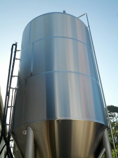 There's so little space at the Byron Bay brewery that they're storing fermenters outside.